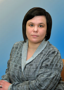 Свидетельства в торжественной обстановке вручали вишнякова наталья николаевна и тимошенко вадим анатольевич, члены ангарской территориальной избирательной комиссии.